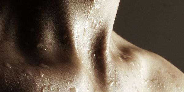 زيادة إفرازات سوائل الجسم