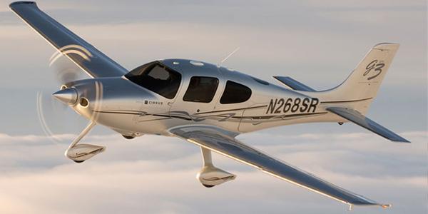 طائرات سيروس - Cirrus SR22