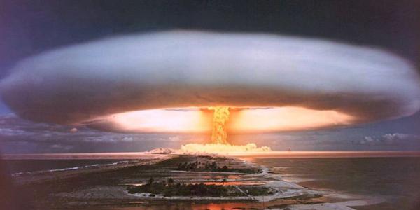 القنابل الهيدروجينية