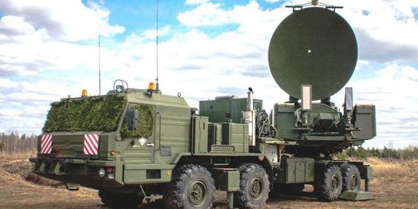 المركبات الإلكترونية المسلحة