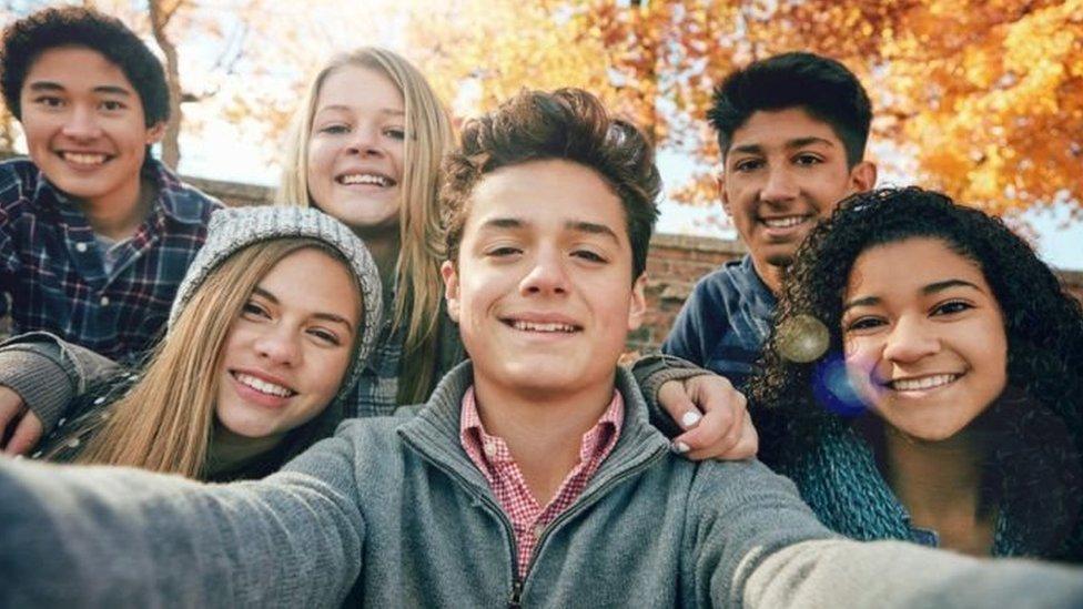 المثالية وحب الذات عند المراهق