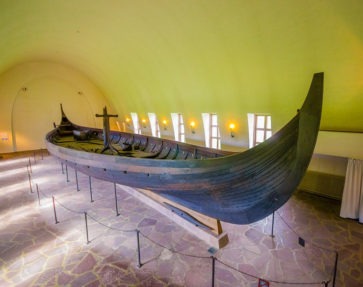 سفن قبائل الفايكنج
