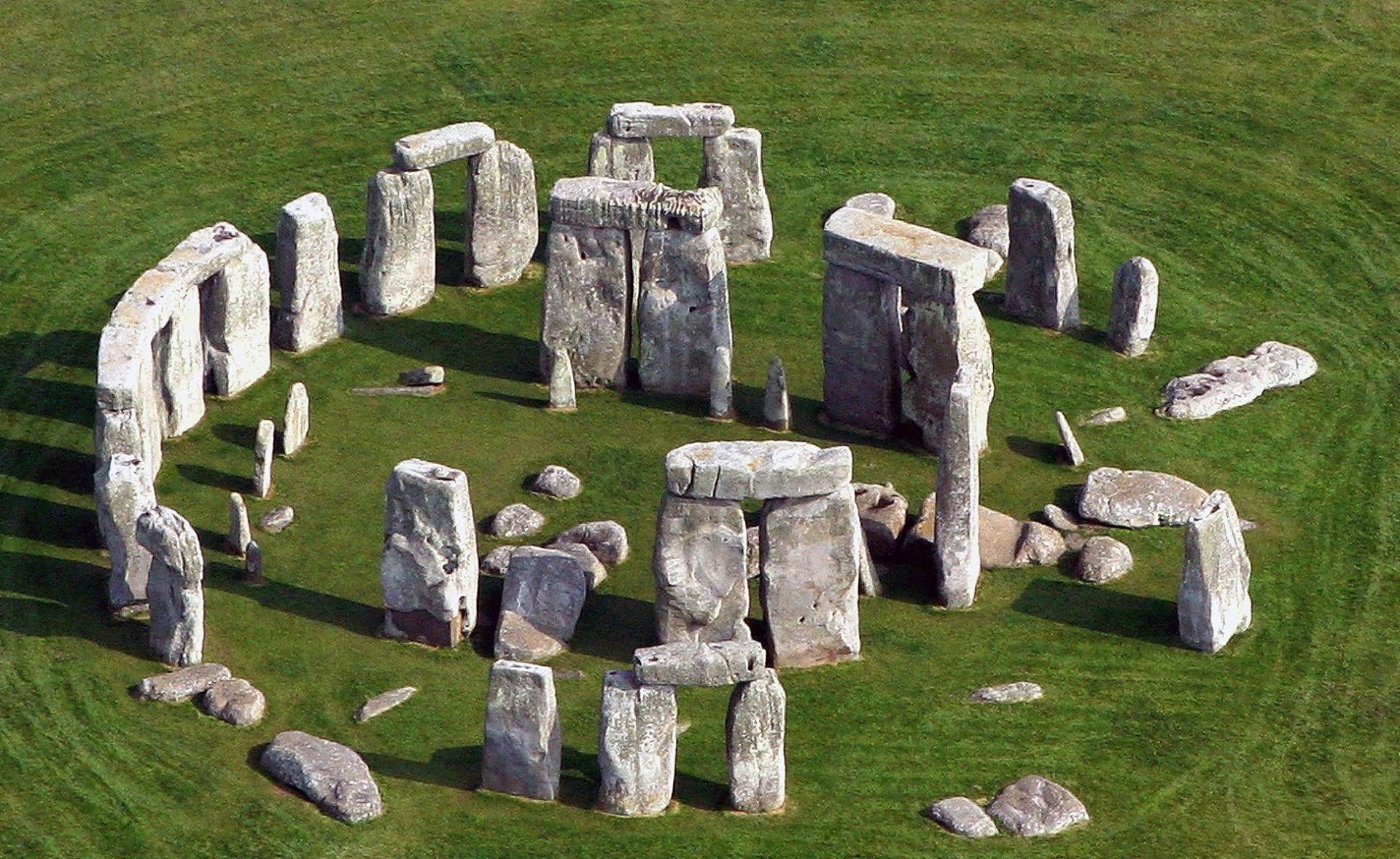 الآثار الحجرية في ستونهنج