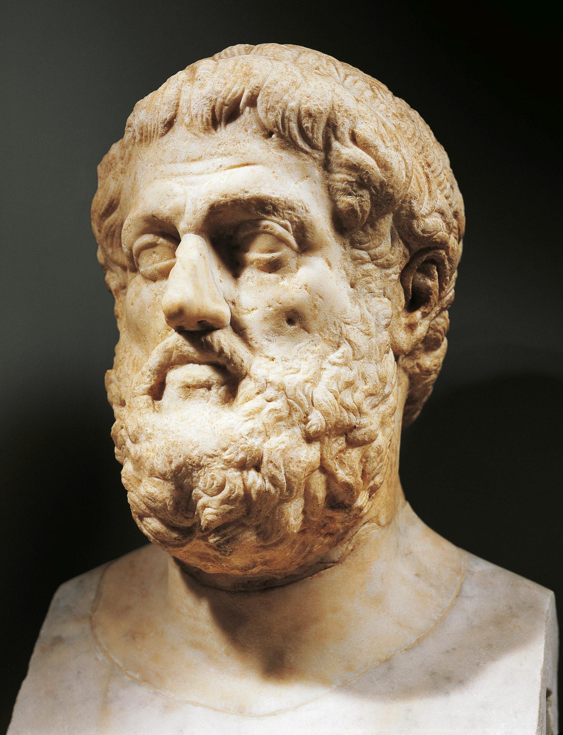 الشاعر سوفوكليس واهتمامه بالعمل المسرحي