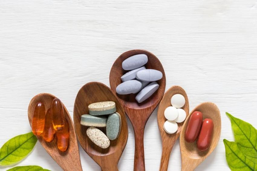 الفيتامينات والمكملات المعدنية لا يمكنها أن تعالج كوفيد-19
