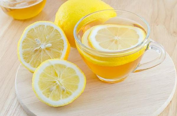 عصير الليمون وفيتامين ث